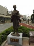 JR南千住駅 松尾芭蕉像