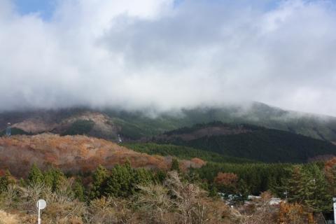 10紅葉の山