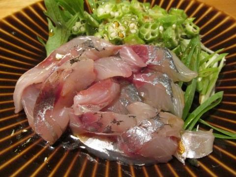 アジのお刺身サラダ2