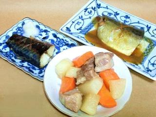 170127_4420 サバの塩焼き・サバの味噌煮・根菜と角豚肉の照り煮VGA