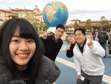 川添奨太さん夫妻、Michael MakさんとTDSで