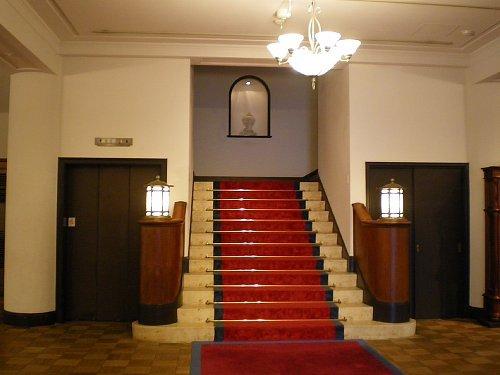 旧琵琶湖ホテル・1Fホール