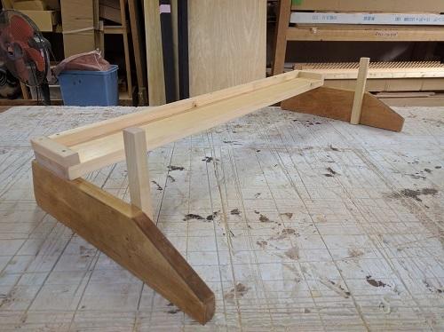 木製什器の台座を作り直し