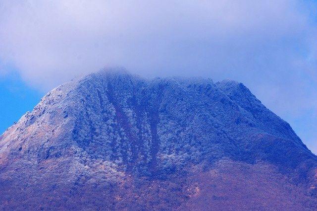 冠雪の豊後富士