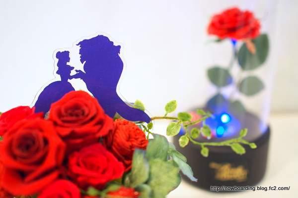クリスマス ディズニー プリザーブドアレンジメント「タンデブルーム(美女と野獣)」 日比谷花壇