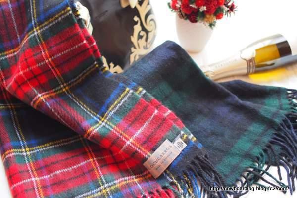 Lochcarron of Scotland ロキャロン 厚手ラムズウール100%タータン 大判ストール