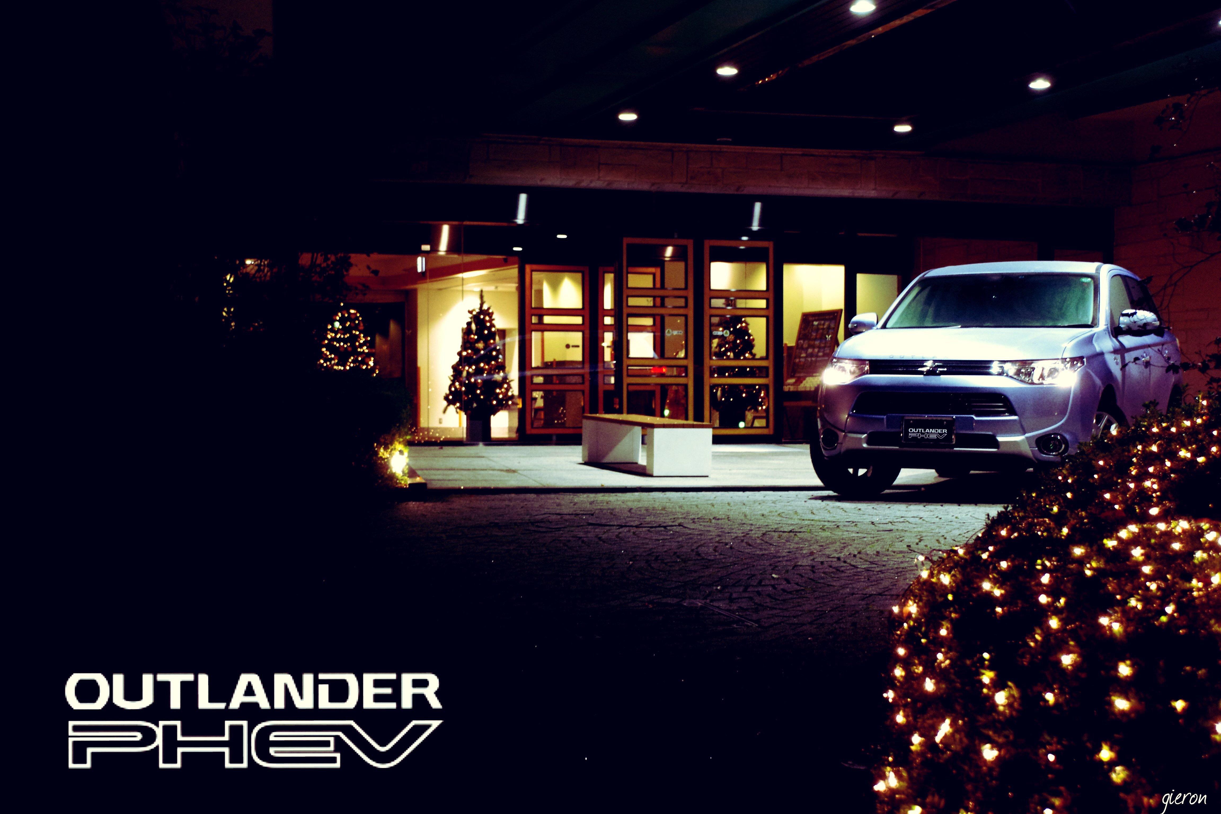 Mitsubishi Outlander PHEV in xmas 2016 アウトランダーPHEV クリスマス