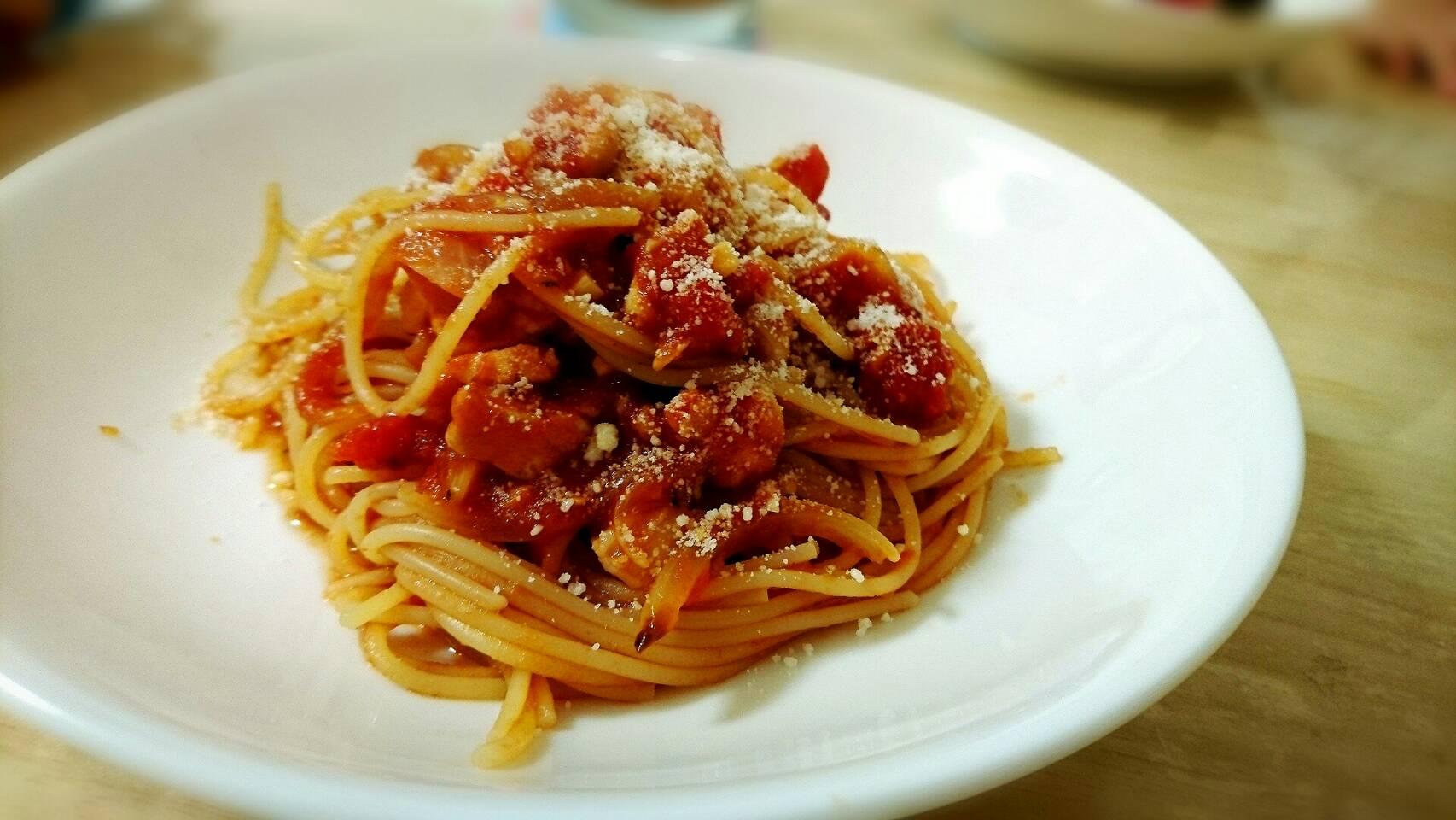 鶏肉のトマトソーススパゲティー