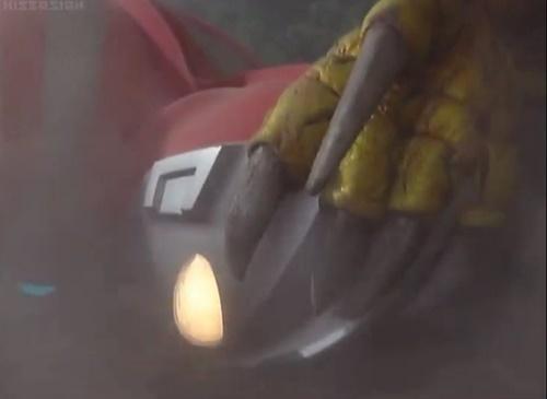 ウルトラマン ネオス ヒーロー ピンチ やられ エネルギー吸収 死亡