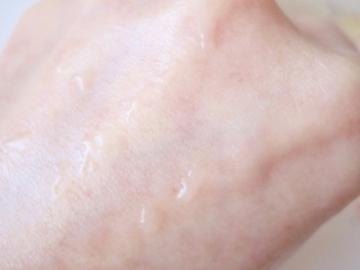 水分持続力が高く、枯れない肌に!美容特殊水、皮膚科学生まれの無添加化粧水【プライマリー リフレッシャーローション】