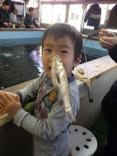 ワンコイン釣り堀 (11)