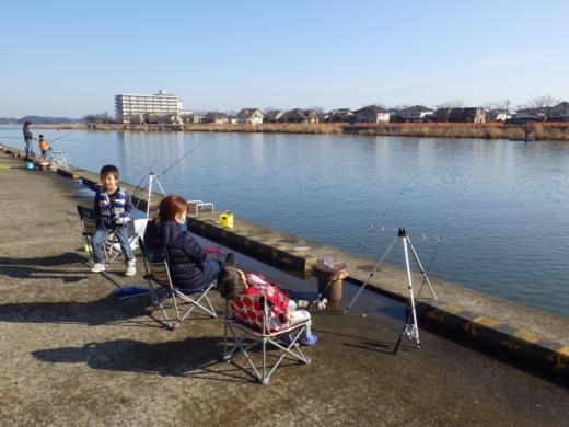 土浦港でワカサギ釣り (14)