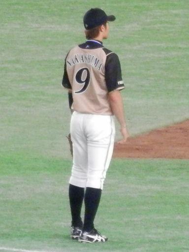 9nakashima201612v.jpg