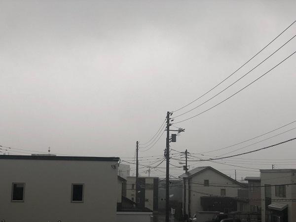 台風25号通過中1