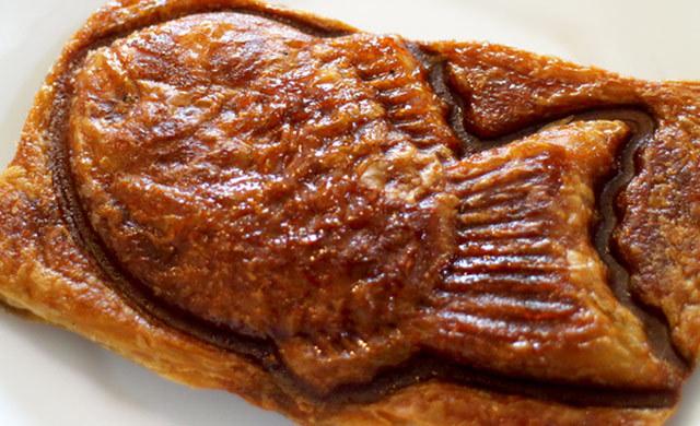 クロワッサン 鯛 焼き