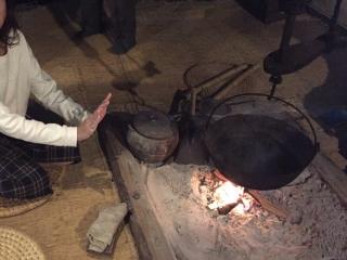 8民家園囲炉裏