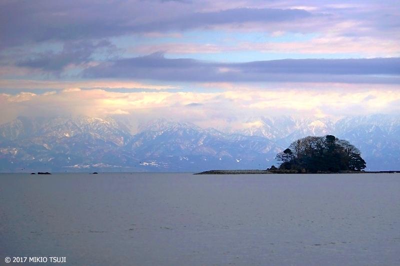 絶景探しの旅 - 0091 氷見海岸と立山連峰 (富山県 氷見市)